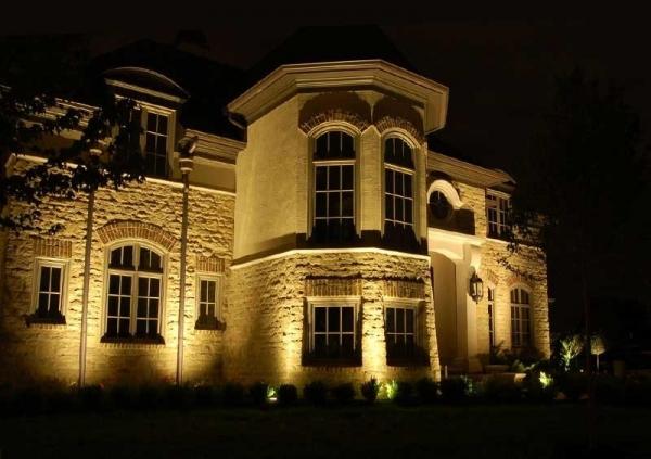 От создания проекта до заключительного этапа: правильное освещение архитектурных  сооружений
