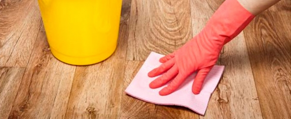 Какими средствами чистить и мыть паркет