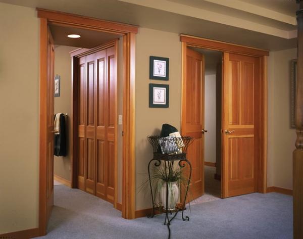 Эксплуатационные характеристики межкомнатных дверей из древесного массива