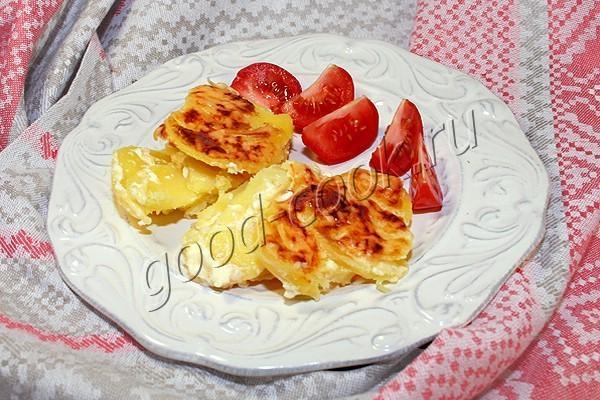 картофель, запеченный со сметаной и сыром. Рецепт приготовления