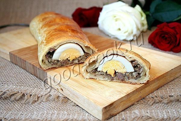пирог с жареным фаршем и яйцами. Рецепт приготовления