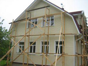 Как самостоятельно сделать отделку дома виниловым сайдингом