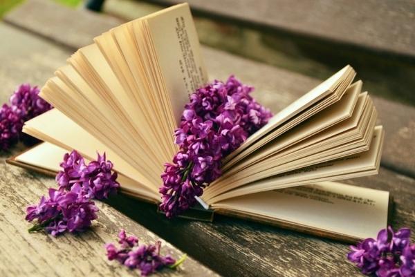 Одни считают «Велесову книгу» подделкой