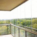 Остекление балкона: как лучше и какие бывают виды (с фото)