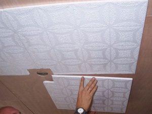 Монтаж потолочной плитки без швов