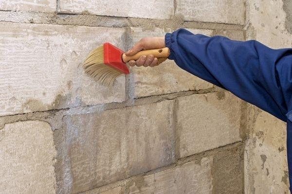 Преимущества грунтовок для стен
